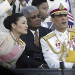 【画像】タイの新国王にイケメンでオシャレな王子様が即位!←これ