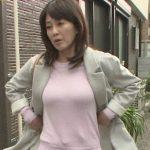 【GIF画像】森尾由美とかいうババアのお●ぱいがめちゃシコwwwwwwwwwwwww