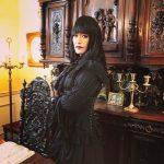 【画像】安田顕のゴスロリ女装姿に衝撃wwwwww