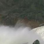 【悲報】アメリカ最大のダム 決壊寸前(※動画あり)