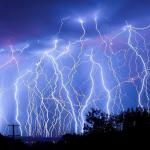 落雷とかいういまだによくわからない自然現象