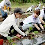 高橋みなみがあまりにも仕事なさすぎて福島の田植えイベントに参加wwww