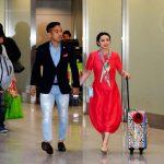 【画像】インテル長友・平愛梨夫妻がイタリアから帰国 揃って服のセンスが絶望的だと話題