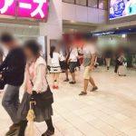 HKTの人気メンバーが48Gの原点にかえって駅構内でビラ配りを敢行!