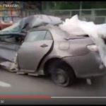 【動画】これでも走るのか。トヨタ・カローラの耐久性映像が凄いwwwwww