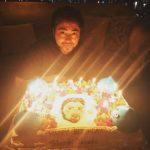 【画像】山田孝之(34)さんのお誕生会wwwwWwWWwwwwWMWWWW