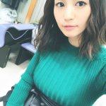 【悲報】安田美沙子、ニットのセーターで大きな胸を強調wwwwwwwwwww (※画像あり)