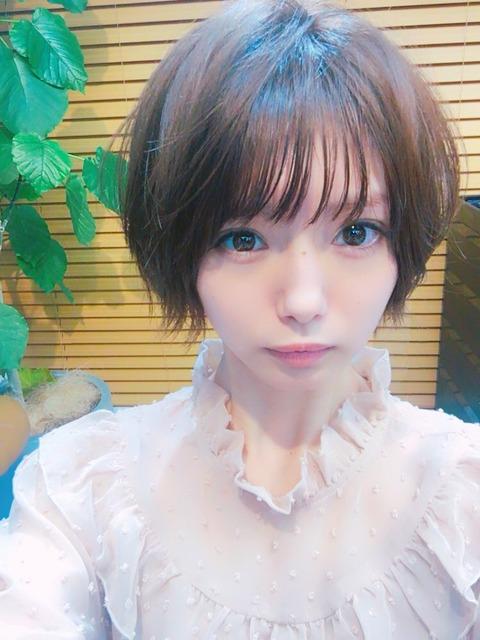 【画像】 NMB48市川美織さんが断髪しショートヘア 死ぬほど可愛いと話題にwvwvwvwvwvwv