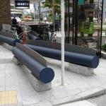 【画像】東京都さん、とんでもないベンチを作ってしまうwwwwwww