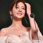 韓国女子アナの胸の谷間すごいwww