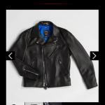 【悲報】B'zさん、1着15万円のレザージャケットをグッズとして販売してしまう