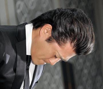 TOKIO山口メンバーの会見で黒服社員が『メリー喜多川に言いつけるぞ』