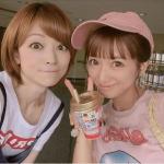 【悲報】辻希美さん、吉澤ひとみとの写真に「自分だけ小顔に加工疑惑」でネット上が騒然wwwwwwwwww