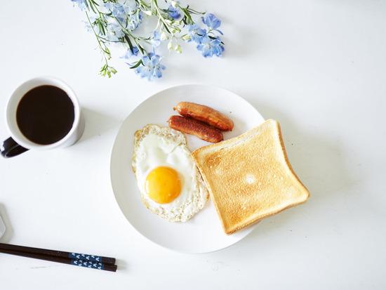 台湾人「日本は朝食の店がない」と書込み炎上wwwww