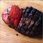 【画像】見た目はお肉!スイカをくん製にした料理がニューヨークで誕生wwwww