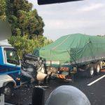 【画像】普通車がトラックに追突された結果・・・ →