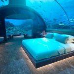 【画像】世界初の水中ホテルが話題に!気になる一泊の料金は・・・!?