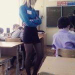 【画像】ロシアの女教師、モデル並みの完璧スタイルだと話題にwww