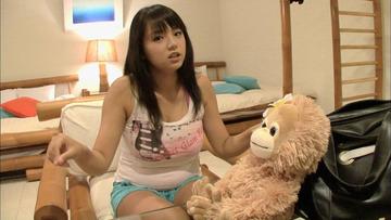 篠崎愛さんの中学生の時の腹wwwwwww