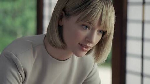 JTのCMに出てる金髪の激烈美女wwwwwwwwwwwww (※画像あり)