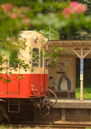 【画像】大きな駅、無人駅、色んな駅を貼り郷愁に浸ろう!wwwwwwww