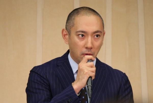 【驚愕】市川海老蔵さん、新しい家族を報告「今日から一緒に暮らします」