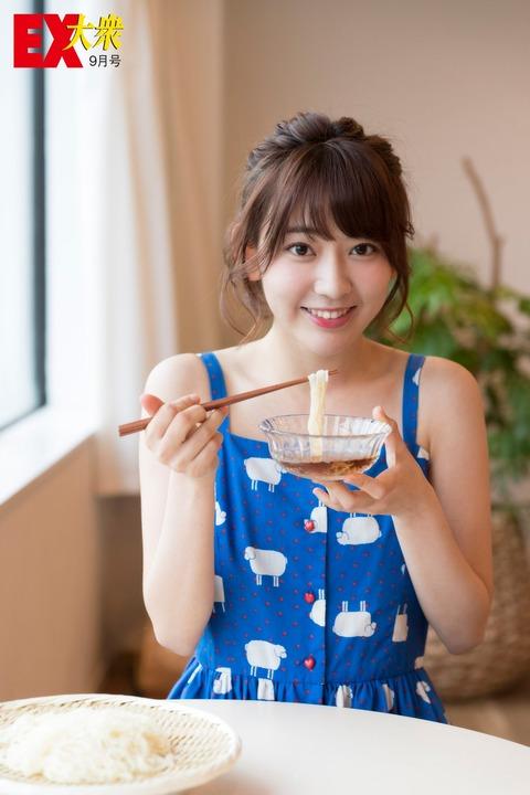 AKBGきっての清純派の宮脇咲良さん、そうめんを食べる!!!