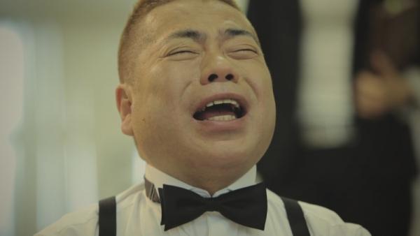 【衝撃告白】出川哲朗、ゲイバーで複数の男に全裸にされ…「めちゃめちゃ痛かった。あの時の天井は忘れられない」